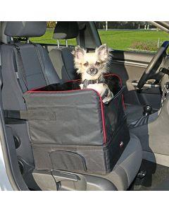 Dette bilsæde passer til hunde op til ca. 9 kg.